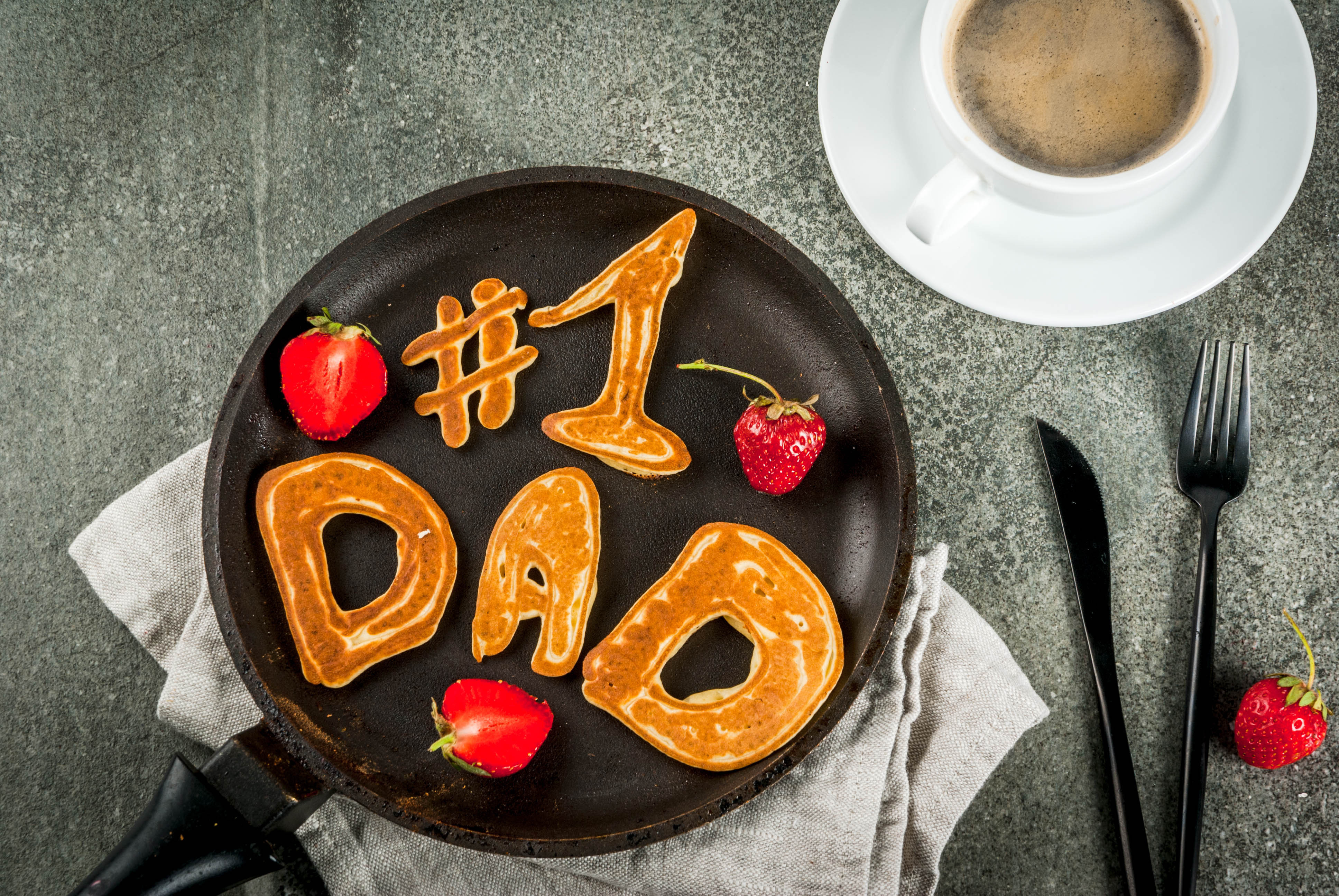 pancake that says #1 Dad for father's day